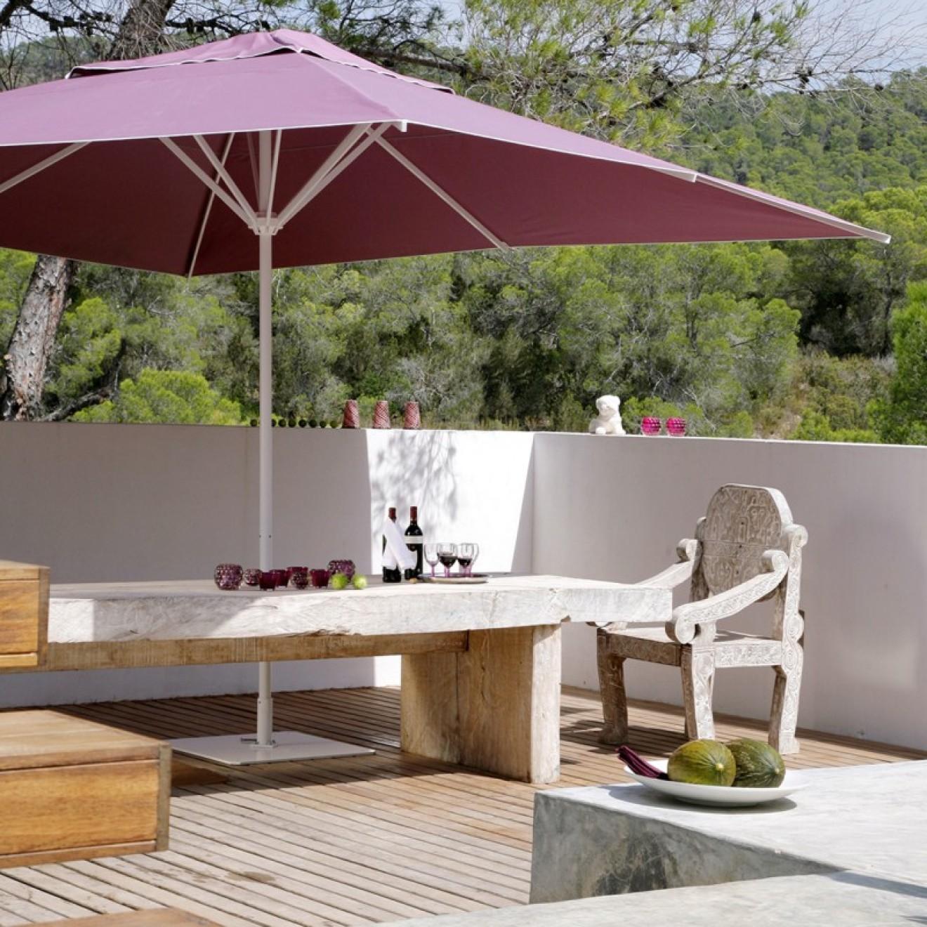 caravita. Black Bedroom Furniture Sets. Home Design Ideas