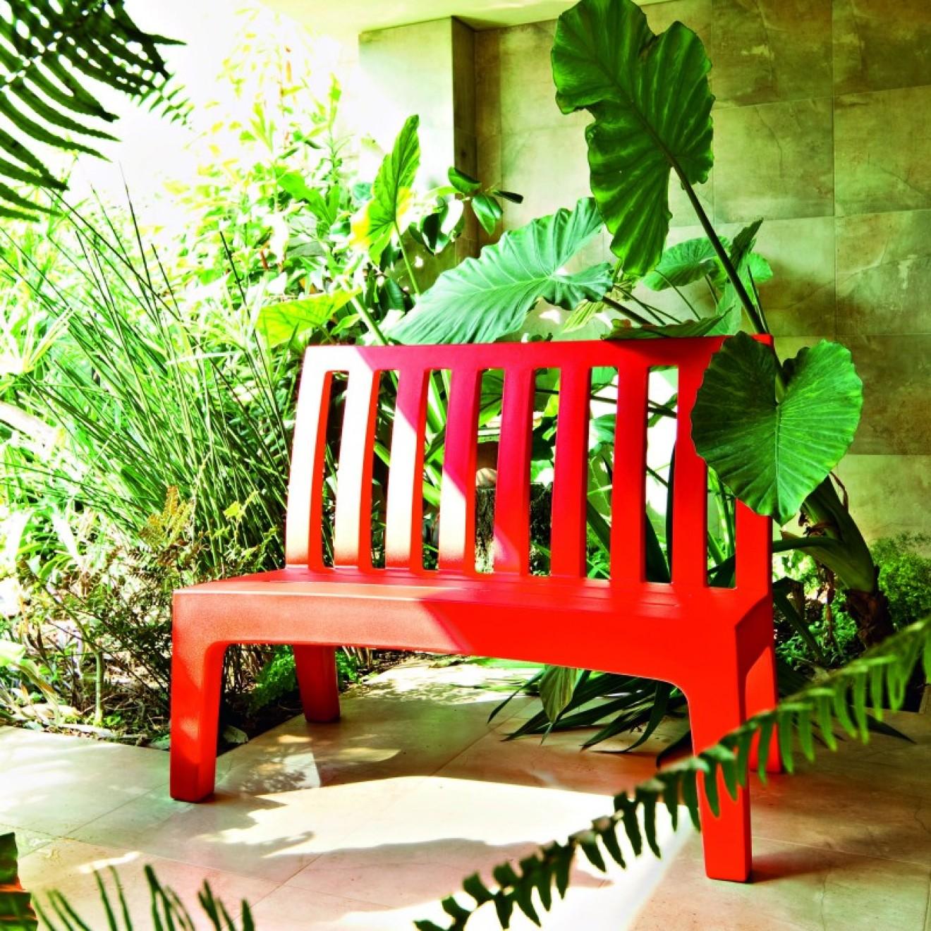 serralunga. Black Bedroom Furniture Sets. Home Design Ideas